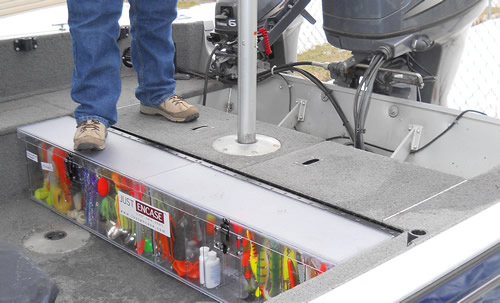 Brian T's 2006 Alumacraft Navigator 175 Back Deck Box